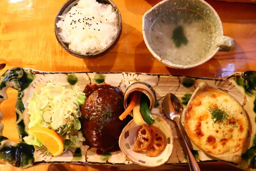 いわき市おすすめグルメ・ランチ 錦町「キッチンTOMO」ランチに賑わう人気店