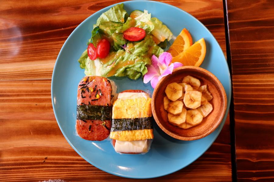 もう食べた?おすすめグルメ・ランチ「Hawai'i Hale' aina」ガーリックシュリンプ・スパムムスビが絶品!